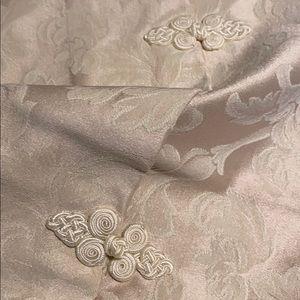 Exquisite Queen Duvet Cover W/ 2 STD Sz. Shams